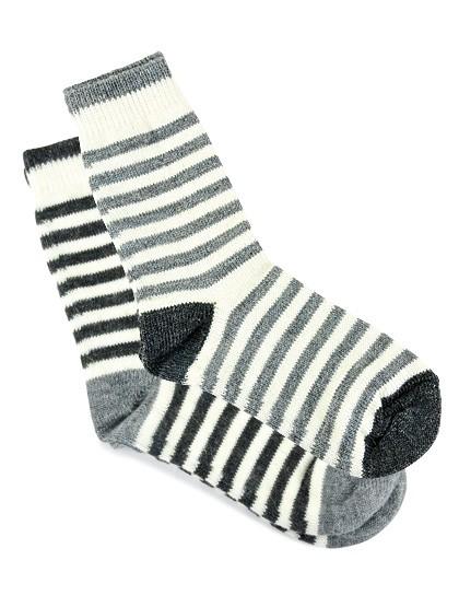 Gestreifte Alpaka-Socken